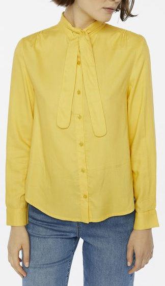camicia gialla con fiocco peccati veniali