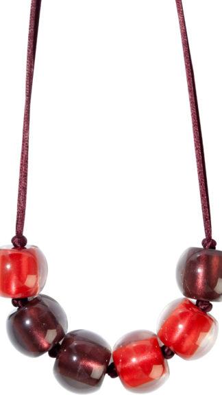 collana colorful bordeaux e rosso peccati veniali