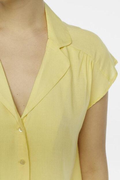 camicetta maniche corte gialla particolare peccati veniali