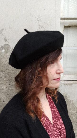 basco nero in lana peccati veniali