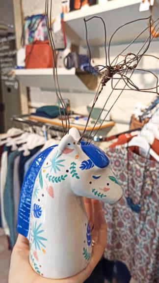 vasetto in ceramica zebra laterale con fiore in bottega peccati veniali